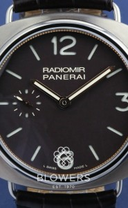 Titanium Panerai Radiomir PAM 00322 Limited edition of 150 pieces