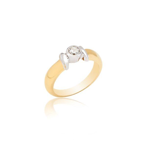 18ct yellow gold brilliant cut diamond ring