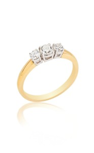 18ct yellow gold brilliant cut diamond 3 stone ring