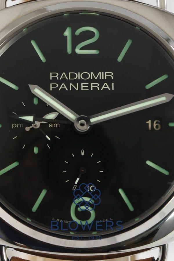 Panerai Radiomir 10-days GMT PAM 00323