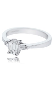 18ct White gold emerald cut diamond solitaire
