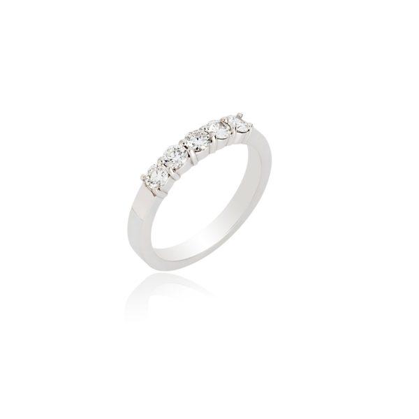 18ct White gold brilliant cut diamond 5 stone ring
