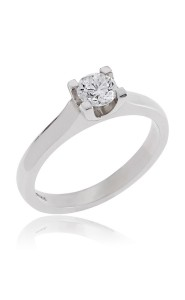 Platinum brilliant cut diamond ring