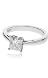 Platinum princess cut diamond single stone ring