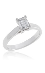 18ct White gold emerald cut diamond single stone ring.