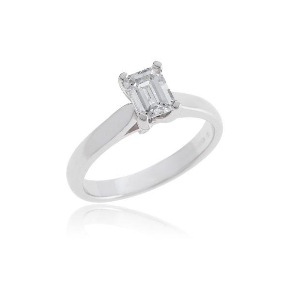 18ct White gold emerald cut diamond single stone ring.