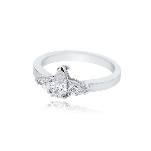 Platinum Pear Cut Diamond with Pear Cut Diamond Shoulders