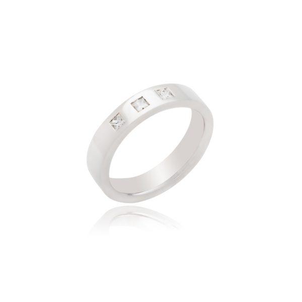 18ct White gold 3 Stone Princess Cut Gents Wedding Band