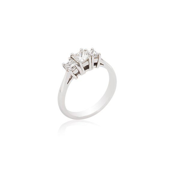 18ct White gold princess cut 3 stone diamond ring