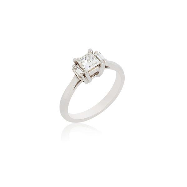 Platinum princess cut & baguette cut diamond ring