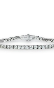 18ct White Gold Diamond Line Bracelet. 7.0 total carat weight