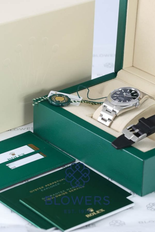 Rolex Oyster Perpetual Explorer Ref 214270.