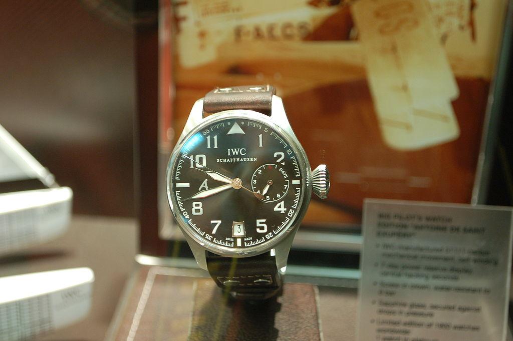 iwc pilot watch history