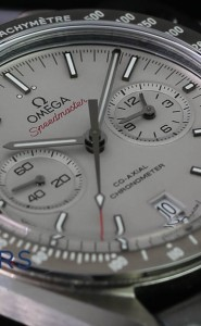 "Omega Speedmaster ""The Grey Side of the Moon"" 311.93.44.51.99.001"