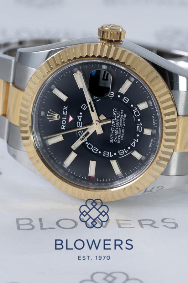 Rolex Oyster Perpetual Sky-Dweller 326933