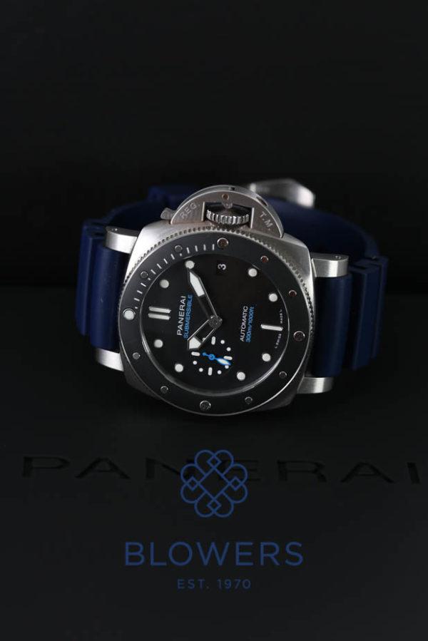 Panerai Luminor Submersible PAM 00683