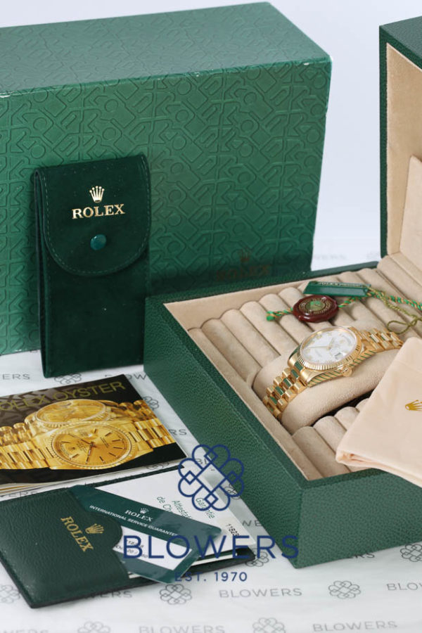 Rolex Oyster Perpetual Day-Date 118238