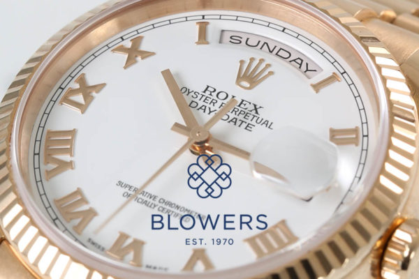 Rolex Oyster Perpetual Day-Date 118235.