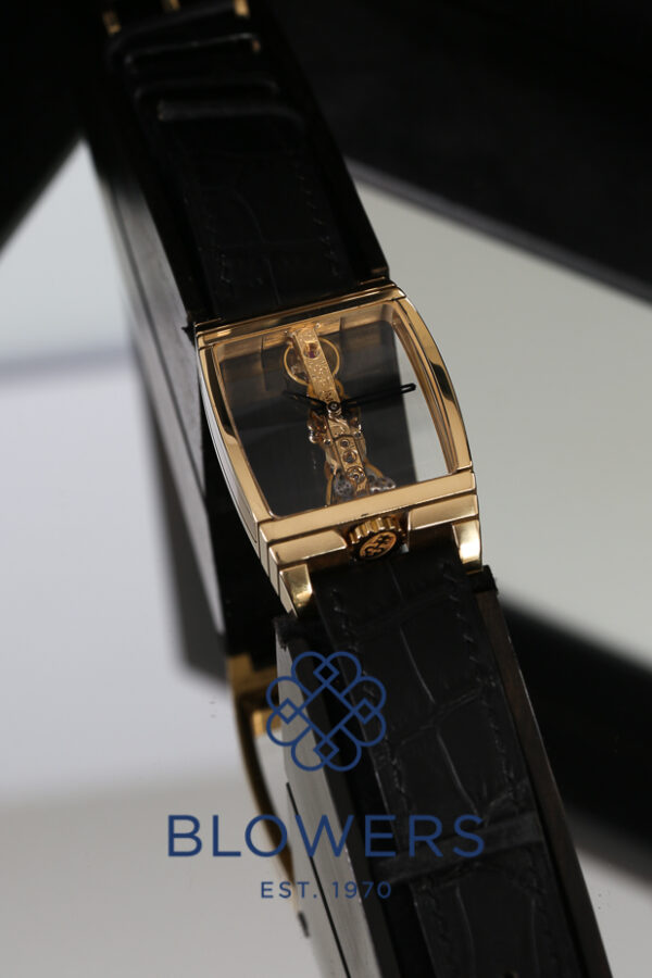 Corum Golden Bridge 113.550.56/0001 0000J